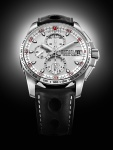 El reloj Mille MIGLIA Speed Silver presenta un estilo moderno e imponente.