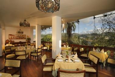 El Jardín, tradicional restaurante de la ciudad de Cuenca, presenta lo mejor de la alta cocina.