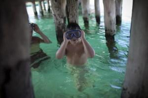 Una de las mayores atracciones de Cancún es practicar snorkeling.