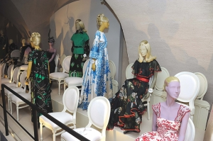 La exhibición Valentino: Master of Couture, estará abierta hasta el 3 de marzo, en la ciudad de Londres.