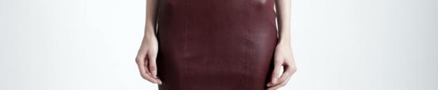 Narciso Rodríguez El diseñador vio su colección preotoñal como una evolución de su muestra de primavera, ampliamente elogiada como una de las más fuertes de su carrera. La piel fue una declaración importante, no sólo sobre la ropa, incluyendo vestidos más clásicamente femeninos con cinturas definidas y faldas rectas, sino también en el floreciente negocio de accesorios.