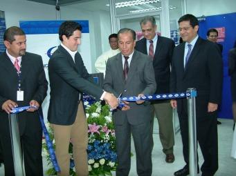 Banco de Guayaquil inauguró la Agencia Chunchi La ciudad de Chunchi cuenta ahora con una nueva agencia del Banco de Guayaquil, donde les ofrece a sus clientes todos los servicios bancarios. La oficina se encuentra ubicada en la calle General Córdova y Capitán Ricaurte.