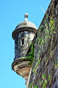 No deje de visitar el Castillo de San Cristóbal.