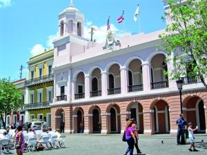 Una vista del ayuntamiento de San Juan de Puerto Rico.