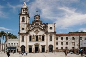 Fachada de la iglesia Nossa Senhora do Carmo, en Recife, Brasil.
