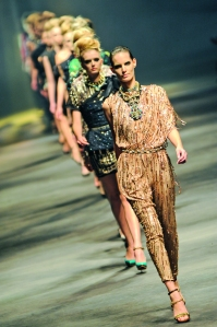 Con la llegada de Elbaz a Lanvin, la firma ha recuperado el glamour que la caracterizó desde sus inicios.