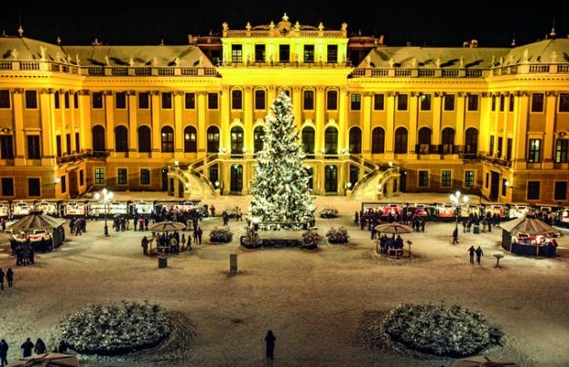 Mercado tradicional en el Palacio de Schönbrunn de Viena.