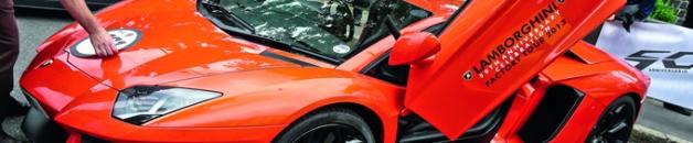 Aproximadamente, 350 carros Lamborghini participaron en esta caravana.