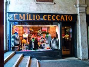 Ceccato, lugar especializado en productos para gondoleros.