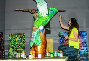 Gracias a su arte, Carolina llegó a representar a Ecuador en la UNESCO, en París.